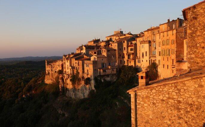 Histoires de Bastide dawn