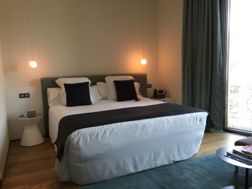 Hotel Ohla bedroom