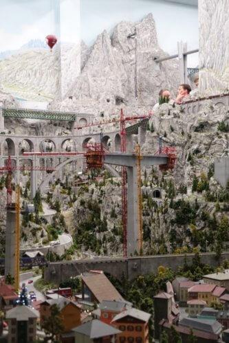 Miniatur Wunderland bridge construction