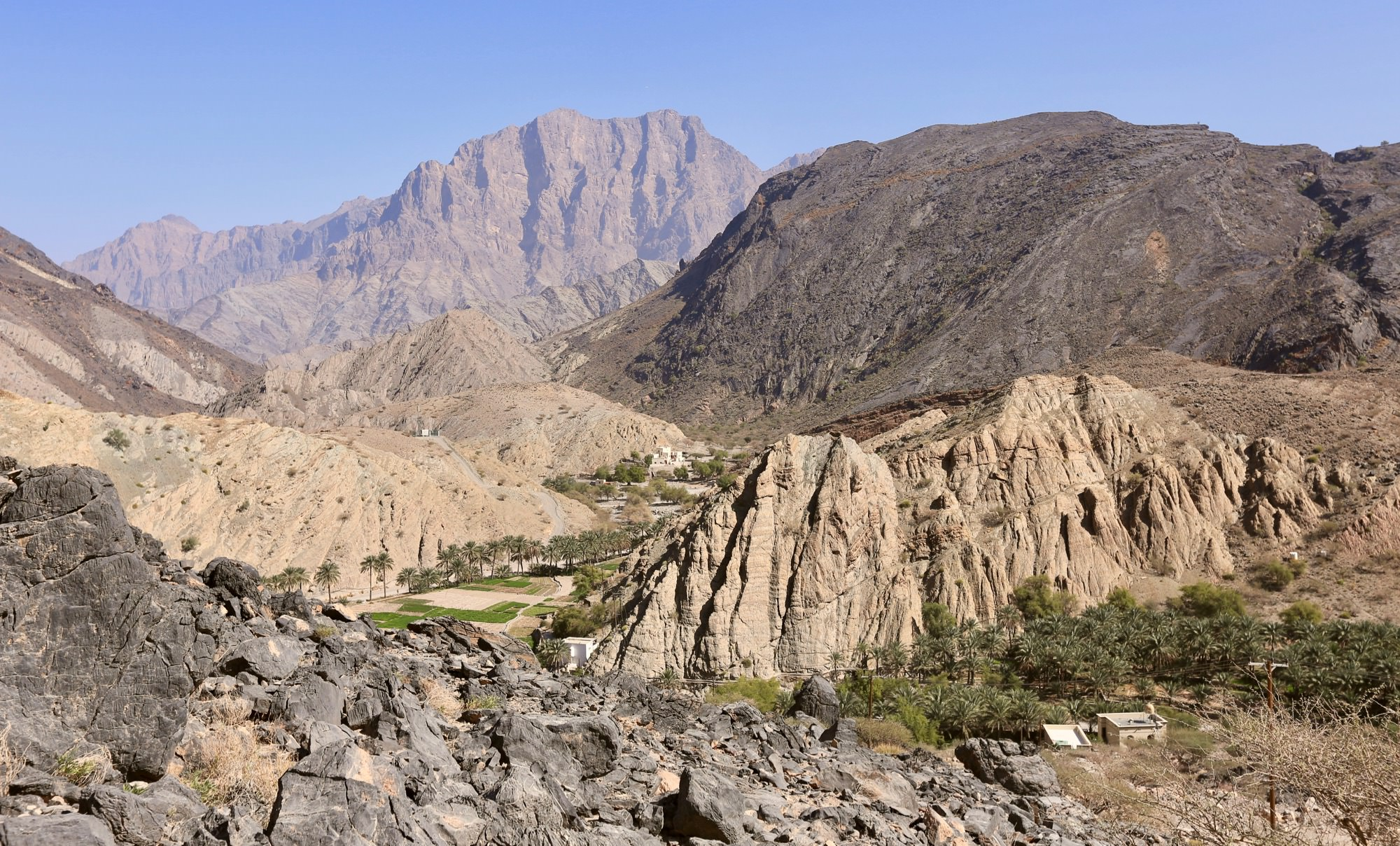 Mountain route to Muscat