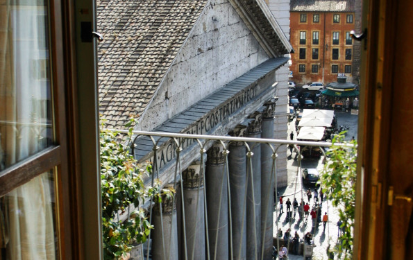 Albergo del Senato Room View Pantheon
