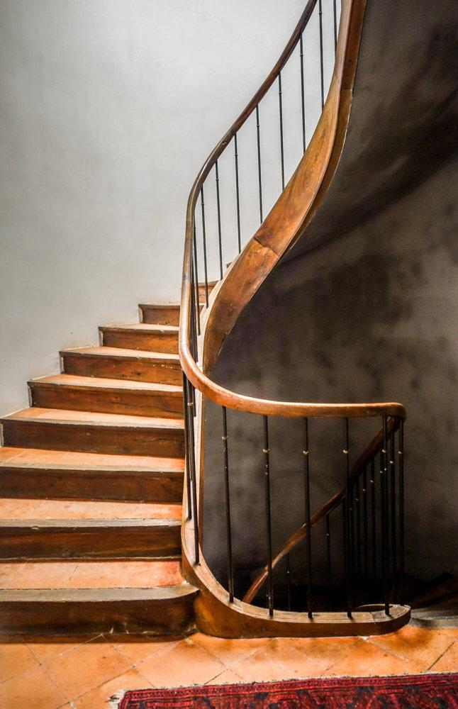 Camellas-Lloret stairway