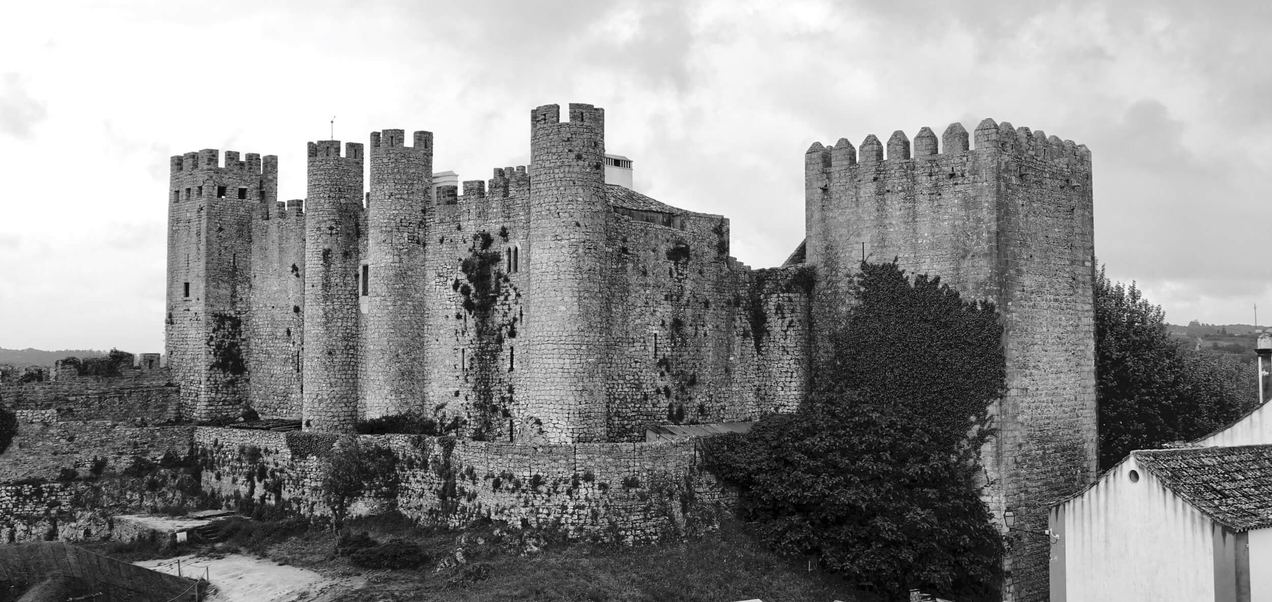 Obidos castle black and white