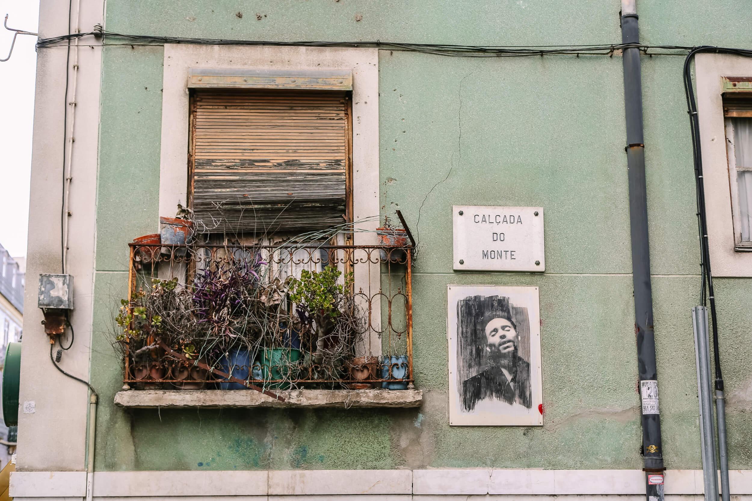 Lisbon street sign
