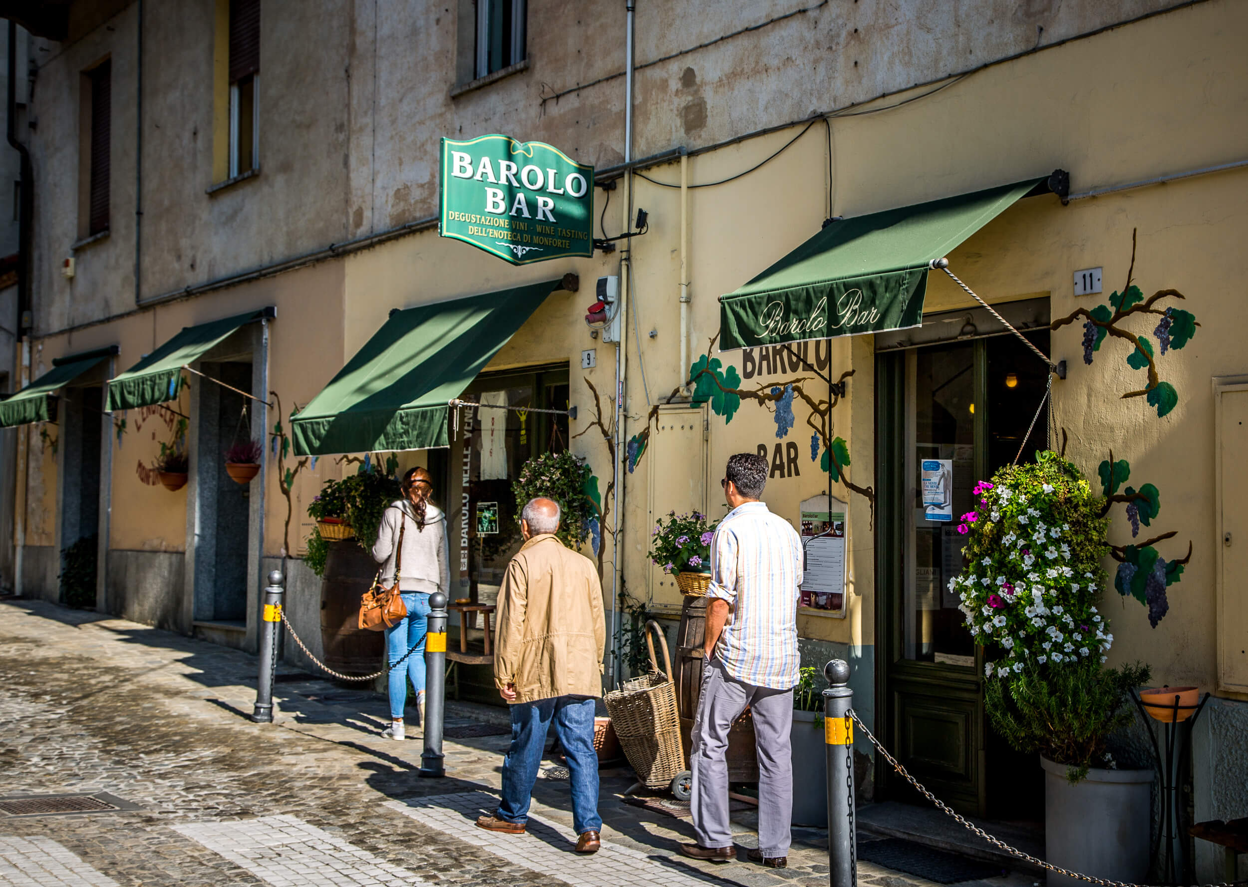 Barolo Bar from street