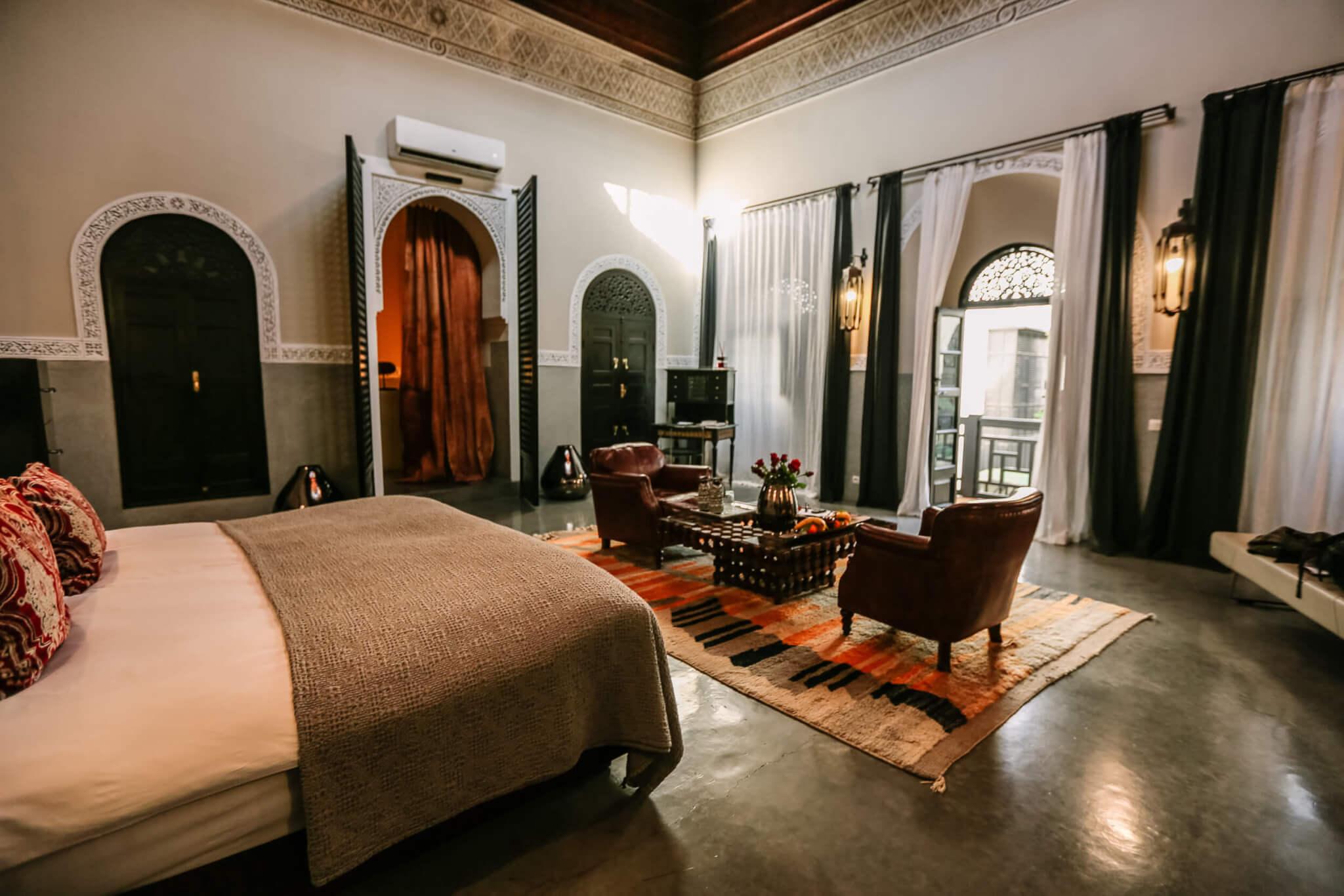 Riad 72 Grand Suite sitting area