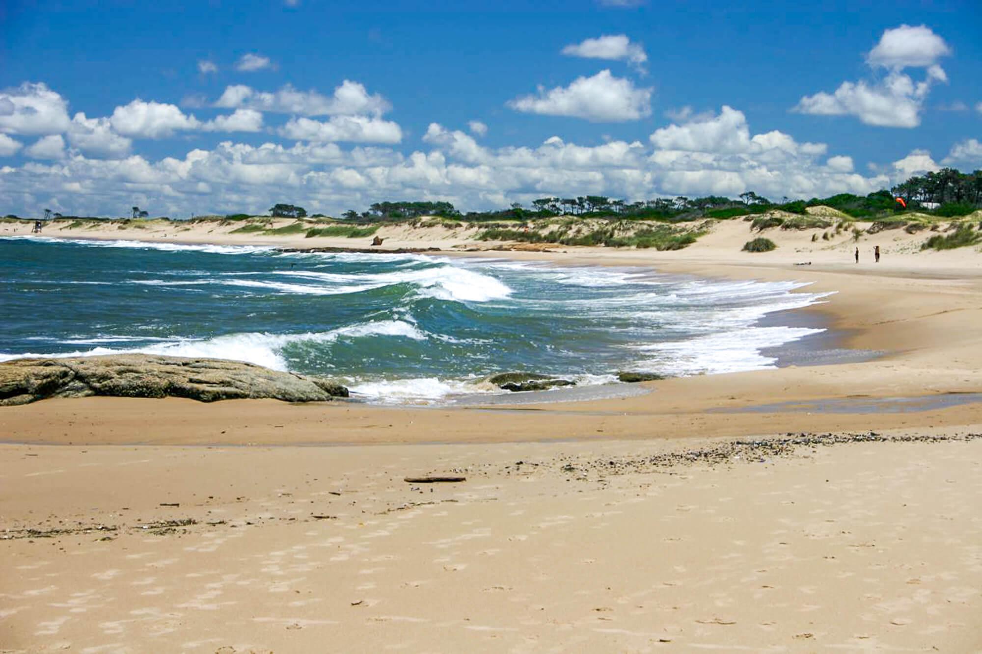 Waves on Playa Mansa