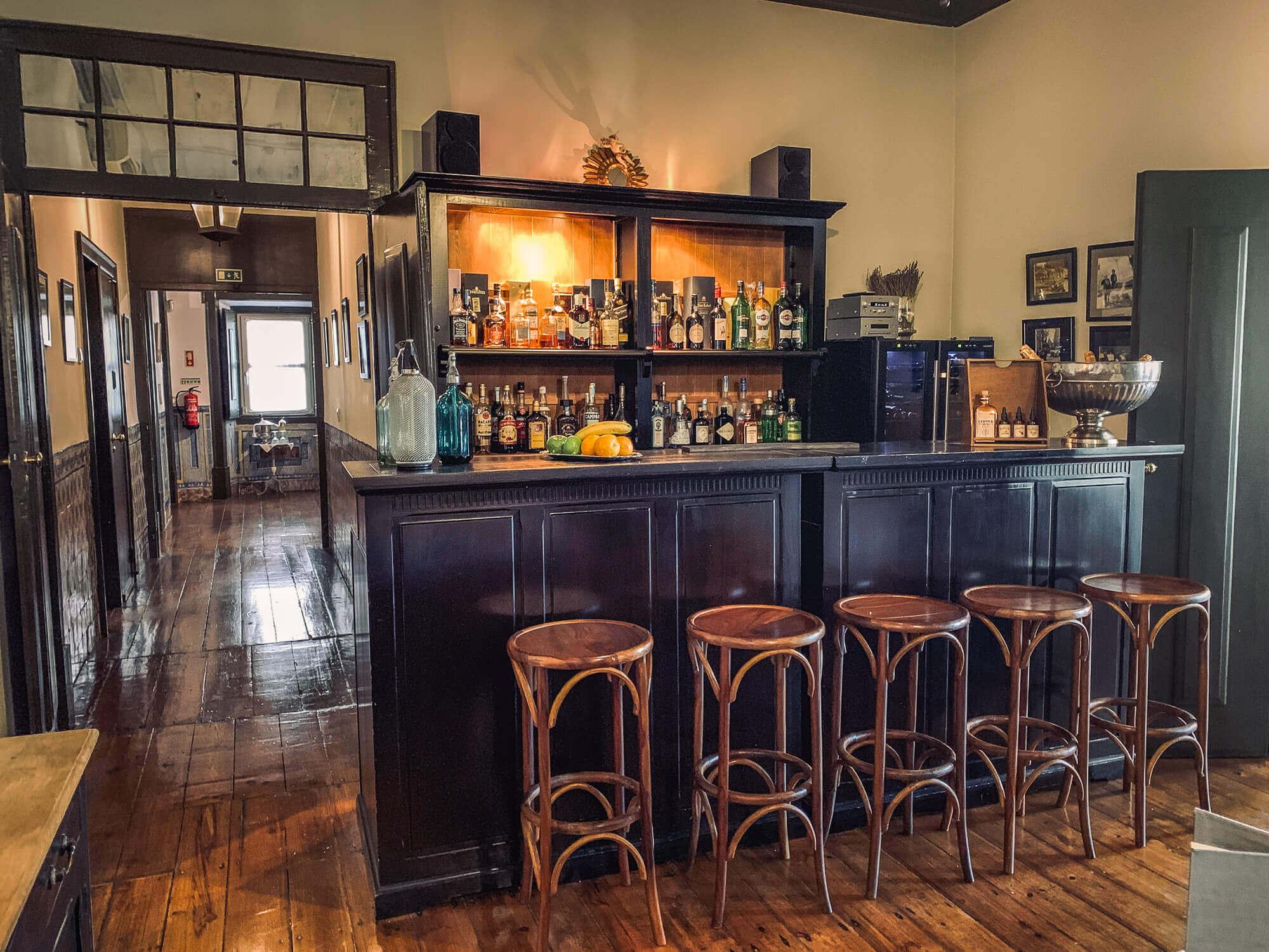 Palacio Ramalhete lobby bar