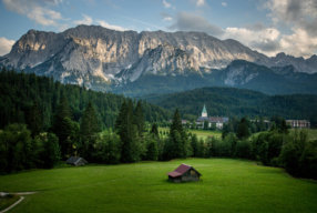 AN IDYLLIC RETREAT IN THE MOUNTAINS OF BAVARIA