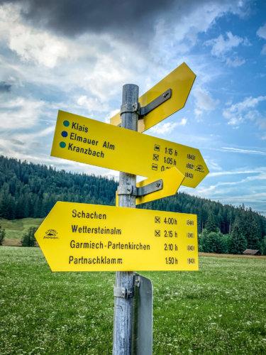 Schloss Elmau trail sign