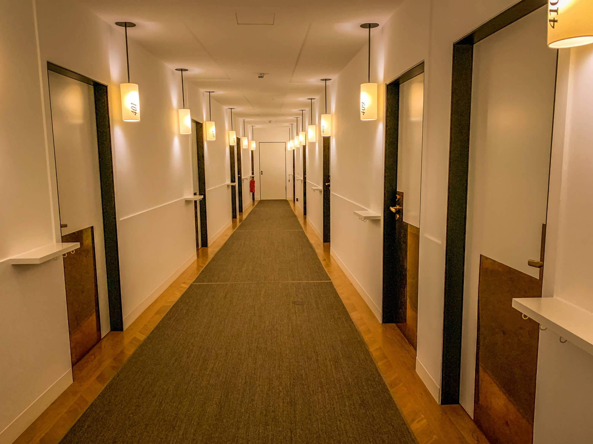 Louis Hotel Munich hallway