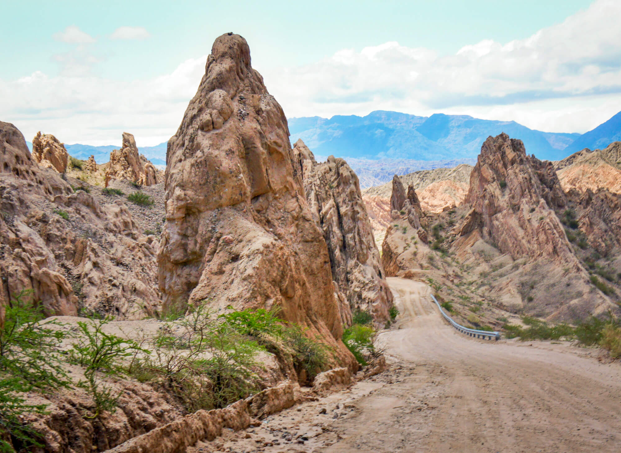 tall rocks along Ruta 40 Quebrada de las Flechas