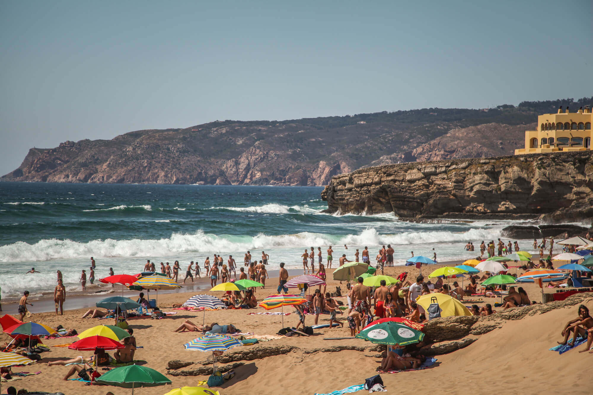Praia do Guincho umbrellas