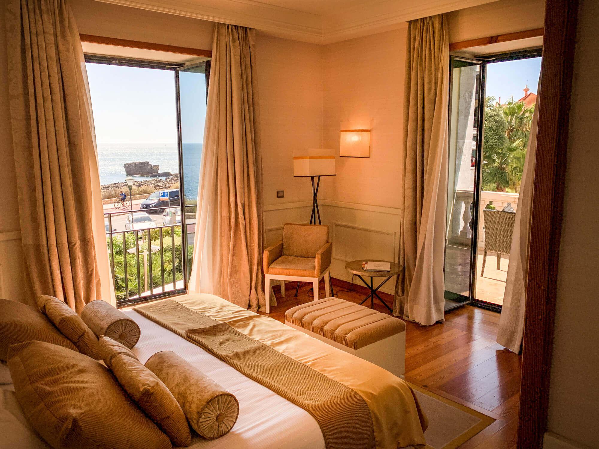 Villa Italia Cascais suite view