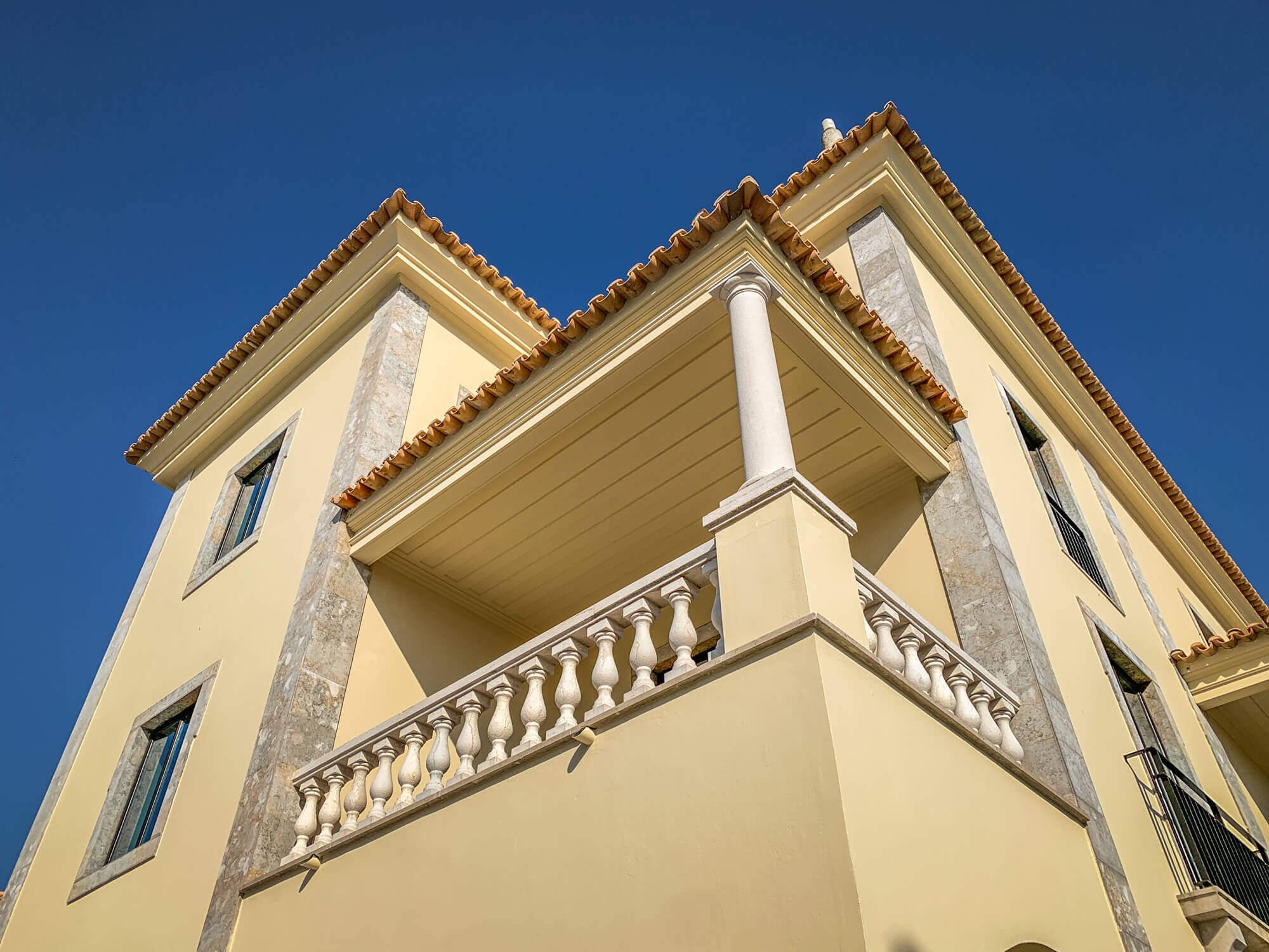 Villa Italia Cascais suite terrace